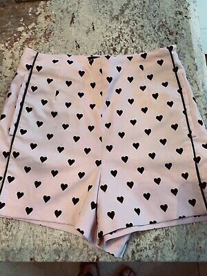 TOPSHOP PINK BLACK HEART PRINT HIgh WAISTED HOTPANTS SHORTS SIZE 8 Free P&p