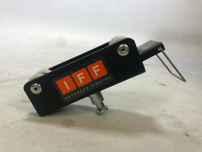 "IFF Advanced Rigging Single Carriages 5/8"" spigot - Studio lighting accessory"