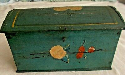 AAFA Primitive Painted Box Antique Folk Art Paint Decorated Dome Small American