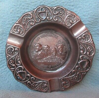 Vintage Souvenir Mount Rushmore South Dakota Metal Ashtray Made In USA