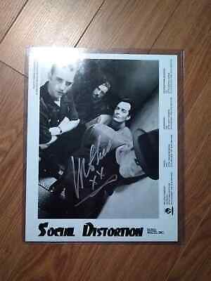 Mike Ness signed 8x10 of Social Distortion