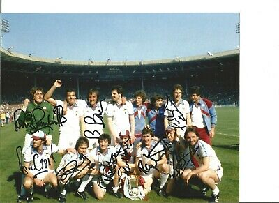 Football Autographs West Ham United 1980 FA Cup Team Signed Photograph JM20