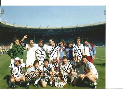 Football Autographs West Ham United 1980 FA Cup Team Signed Photograph JM21