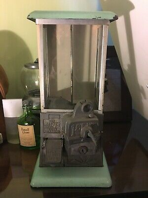 THE MASTER Antique 1 cent Gumball Machine  1923 Patent MINT GREEN Gum Coin Op