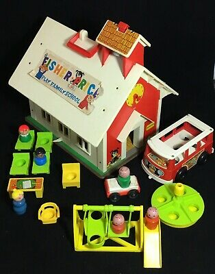 Vintage Fisher Price Little People #923 Play Family School House Figures & Bus!