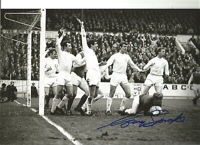 Football Autograph Gary Sprake Leeds United Signed 10x8 inch Photograph JM77