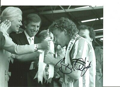 Football Autograph Brian Kilcline Coventry City Signed 10x8 in Photograph JM199