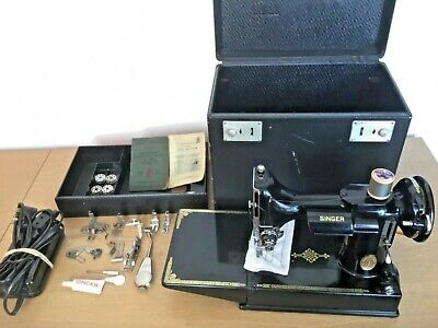 Vintage Singer Featherweight 221K Sewing Machine, Serviced, Attachments