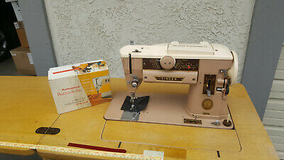 Vintage Singer 401A Slant-O-Matic Sewing Machine (working)
