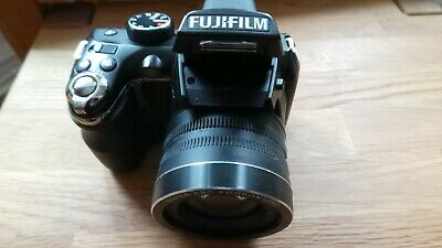 Fujifilm FinePix S Series S4200 14.0MP Digital Camera - Black
