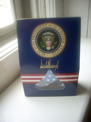 Donald Trump souvenir White House Air Force 1 Hershey Kisses Presidential