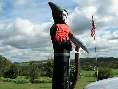Gemmy Halloween 12 ft. Airblown Giant Towering  Grim Reaper - outdoor w/ lights