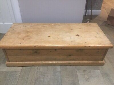 Old PINE CHEST, Wooden Blanket TRUNK, Coffee TABLE, Vintage BOX, Storage