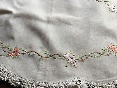 Beautiful Vintage Hand Embroidered Duchess Set Plus