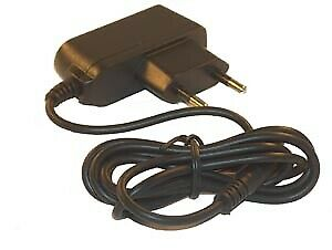 CHARGEUR pour GPS TOMTOM GO930t