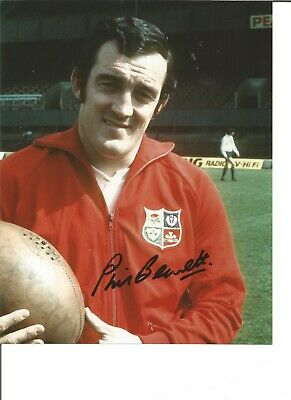 Rugby Union Autograph Phil Bennett Wales Signed 10x8 inch Photograph JM299
