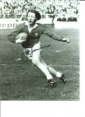 Rugby Union Autograph JPR Williams Wales Signed 10x8 inch B&W Photograph JM301