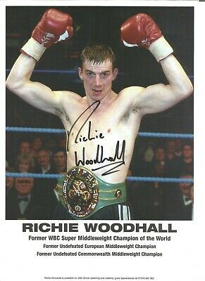 Boxing Autograph Richie Woodhall Signed 10x8 inch Colour Photograph JM352