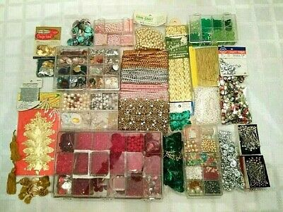 Vtg Xmas Ornament & Wreath Crafting Sequin,Beads,Ribbons,Pearls,Foil,Pins+-Lot 1