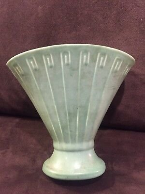 Beautiful Rookwood Arts & Crafts 1929 Z-Line Style Green Matte Pottery Vase