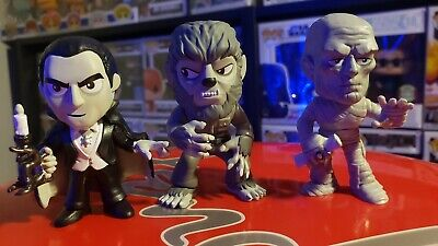 Funko Mystery Minis Universal Monsters Walgreens  Lot Mummy Wolfman and Dracula