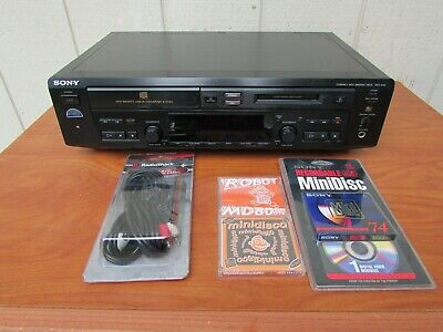Sony MXD-D40 CD player and Minidisc Recorder With Audio Cables,3 Blank Minidiscs