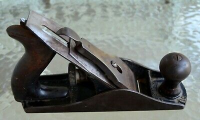 Vintage Stanley Bailey No.4 Smooth Bottom Carpenters Woodworking Wood Jack Plane