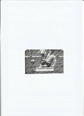 Gordon Banks Signed b/w autograph, football player EL15