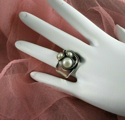 Vintage Israel Ring Solid 925 Sterling Silver Mobe Pearl Modernist Ring Tiny 5.5