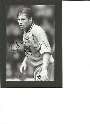 Nicky Barmby signed 8x6 inch b/w photo, Footballer EL56