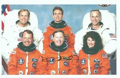 RICH RICHARDS Signed 4x6 Photo NASA Space Astronaut Autograph