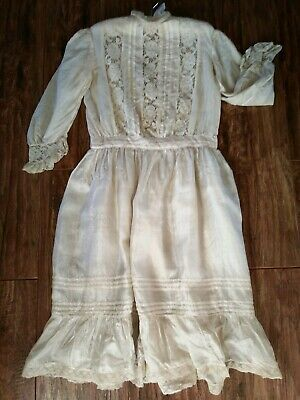 Antique Beautiful Silk Christening Gown Dress Cream Lace Delicate Stunning