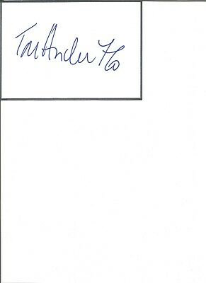 Tore Andre Flo 6x4 inch autograph piece,  football player  EL147