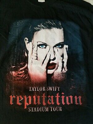 Taylor Swift 2018 Reputation Stadium Tour Concert T-SHIRT Double Sided  MEDIUM