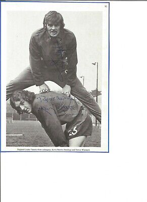 Kevin Beattie and Trevor Whymark signed 9x6 inch photo, football players EL349