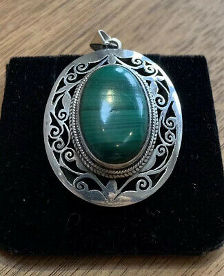 Antique 925 Sterling Silver Oval Pendant With Malachite Gemstone