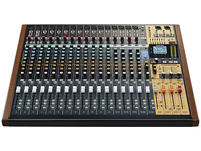 Tascam Modello 24 24-Ch Multitraccia Registratore con Integrato Audio USB