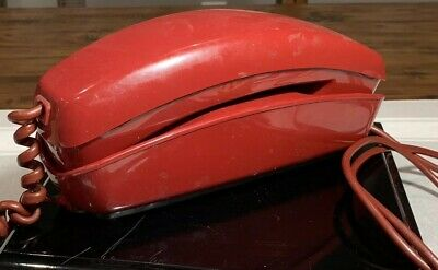 Vtg 1973 Western Electric Bell Systems Deep Red Rotary Dial Sleek Trimline Phone