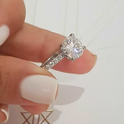 Round cut solitaire CZ /& 925 silver ring #3368 Size 5