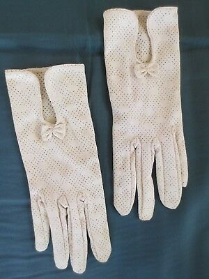 Smart Hong Kong made latte vintage dress gloves with cute bow size 7