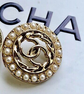 CHANEL CC BUTTON 23mm 1 Inch Pearl Circle Set In Gold Tone Jacket Replacement