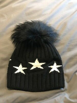 Luxury ladies cashmere star bobble beanie hat fur Pom Pom soft and cosy black