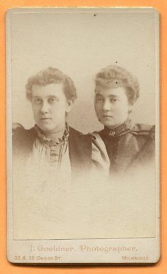 CDV Milwaukee, WI, Portrait of 2 Young Women, by Goeldner, circa 1890s