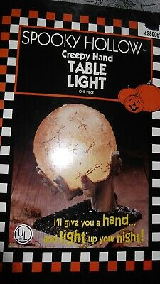 NIB Halloween Spooky Hollow 1 Piece Creepy Plastic Hand Holding Orb Table Light