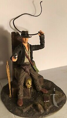 Disney Parks Exclusive INDIANA JONES 7 Inch Figure! 2007 RAIDERS OF THE LOST ARK