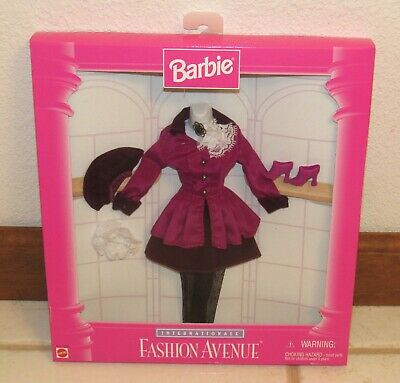 Barbie Fashion Avenue 1996 Internationale Fall in London Plum Outfit New