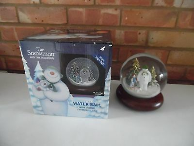 The Snowman & The Snowdog Musical Snow Globe With Lights Raymond Briggs - New