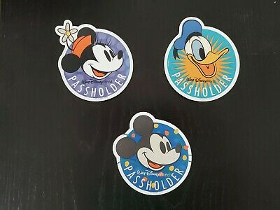 Walt Disney World Annual Passholder Magnet:  Mickey, Minnie and Donald