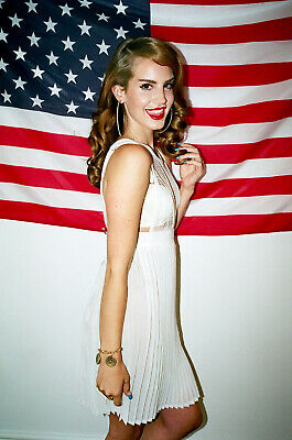 Lana Del Rey Poster Print Art - Various Sizes & Framed Option 002
