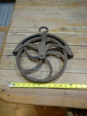 Antique Cast Iron Well Pulley Barn Farm Salvage